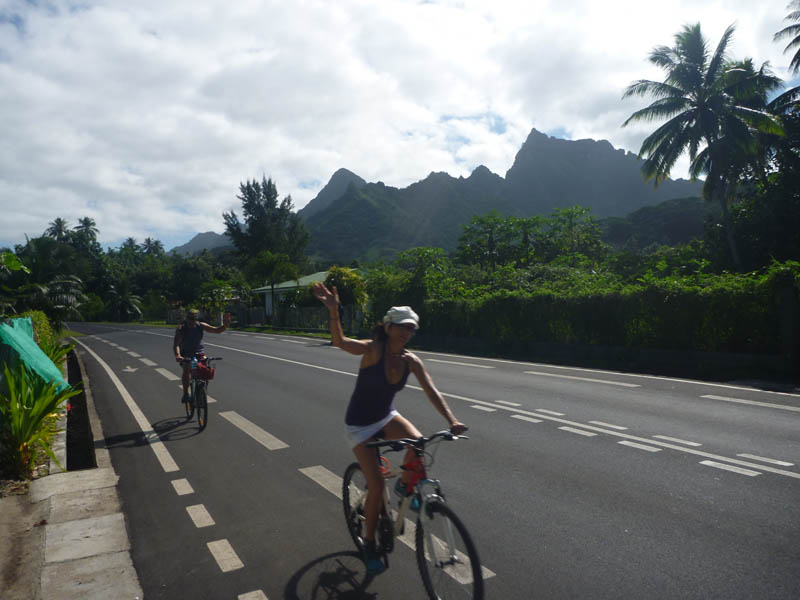 Moorea island (Tahiti) bicycle ride 2012